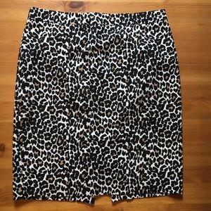 J. Crew pencil skirt ✏️